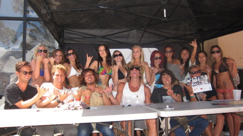 Insight surf hooligans at Jack's autograph signing during the US Open finals on Sunday.