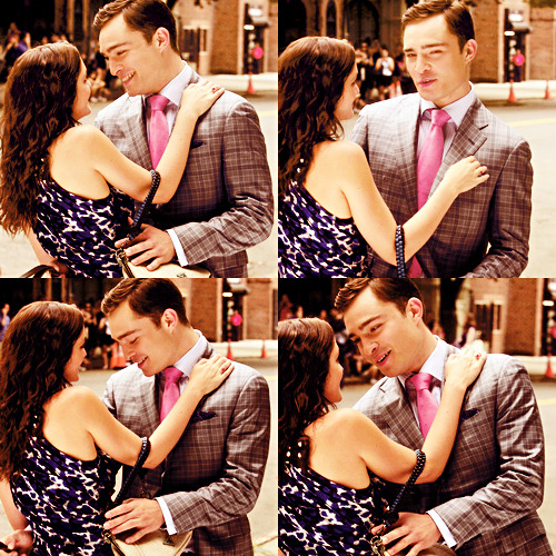 "Leighton Meester & Ed Westwick On the Set of ""Gossip Girl"" (August 9, 2011)"