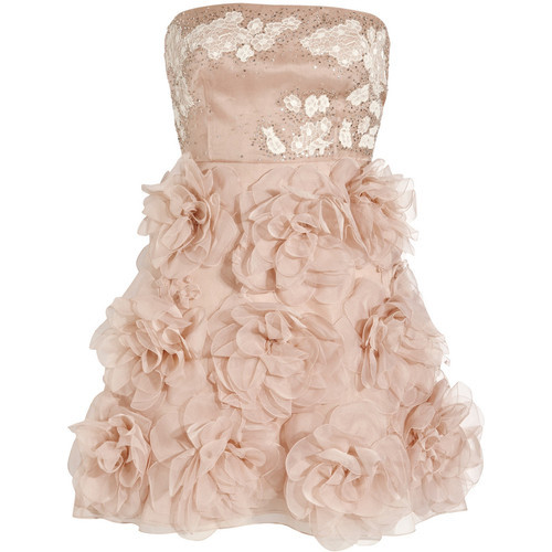 fawe:  Valentino dress (see more strapless dresses)