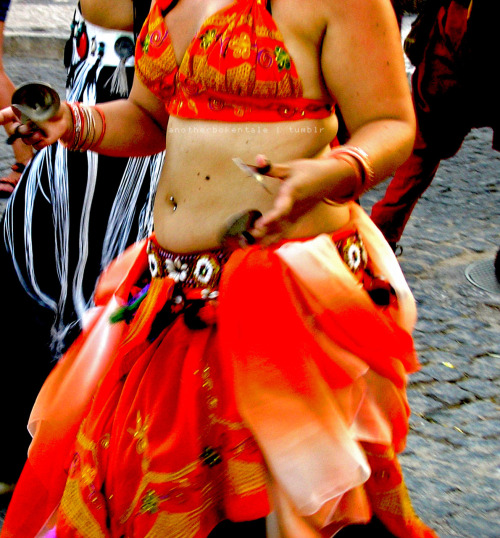 The Bellydancer by anotherbrokentale Feira Medieval de Silves '11