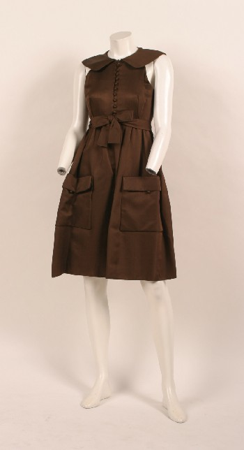 An adorable circa 1960 dress with wonderful pockets by Geoffrey Beene.