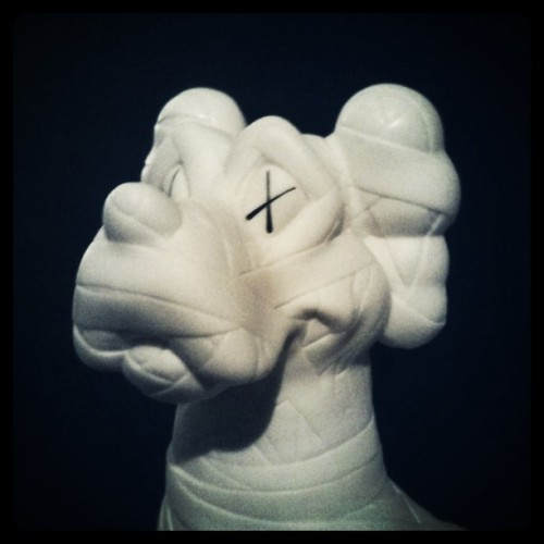 KAWS White Zooth