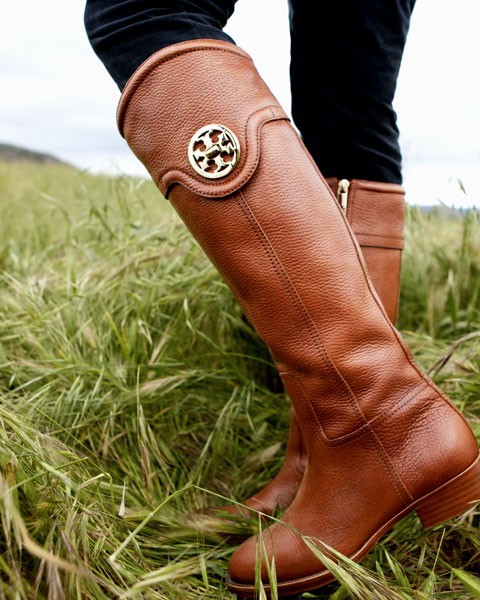i want need these boots!