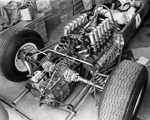 Ferrari 158 Engine