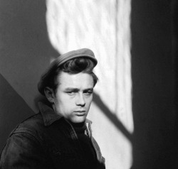 James Dean Read more…