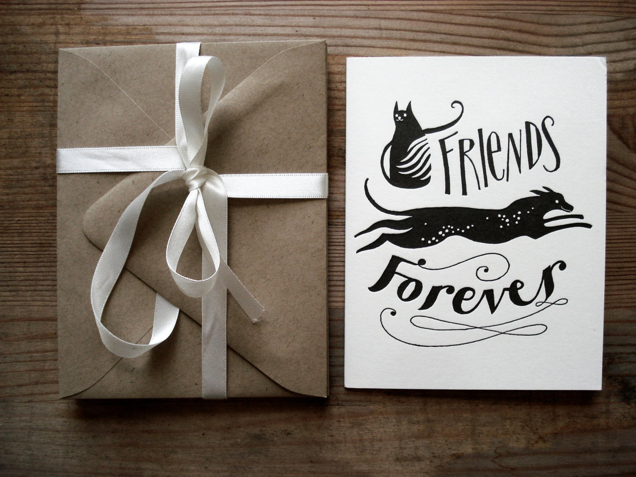 (via Friends Forever by KarolinSchnoor on Etsy)