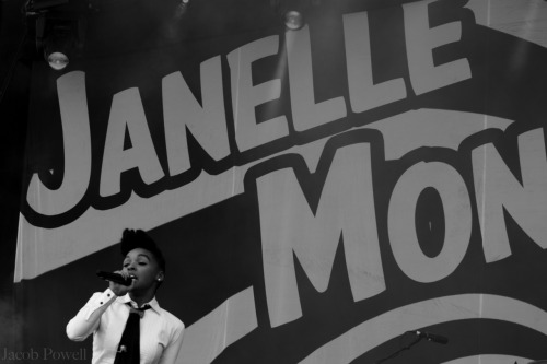 Janelle Monae - Big Chill '11