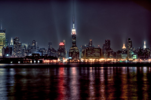 haveueverlovedawoman:  New York City by mudpig on Flickr.