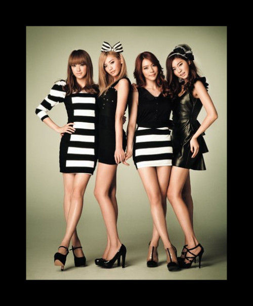 "misskahidotcom:  kahi-babe:  Afterschool featured in ""Gainer"" magazine  omg fuuuuuuuuuuuuuuu >.<"