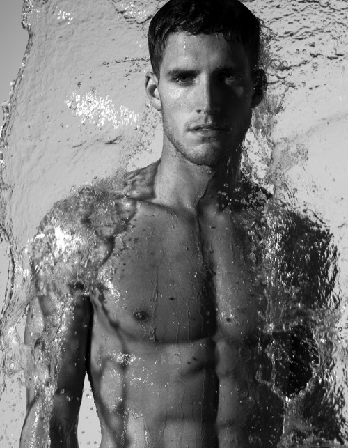 lhommedujour:  TYLER   KENYON MODEL  Born: ?  Portland, Oregon, USA   - More images on FACEBOOK - YOUTUBE video playlist L'HOMME DU JOUR on social media:FACEBOOK TWITTER YOU TUBEFLICKRPICASABLOGGER