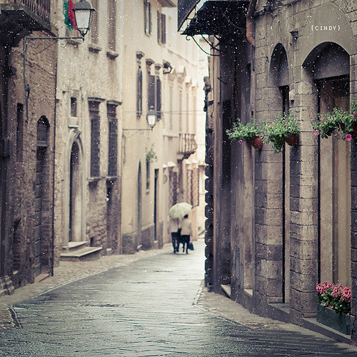 theworldwelivein:  A rainy afternoon | Todi, Italy© {cindy}