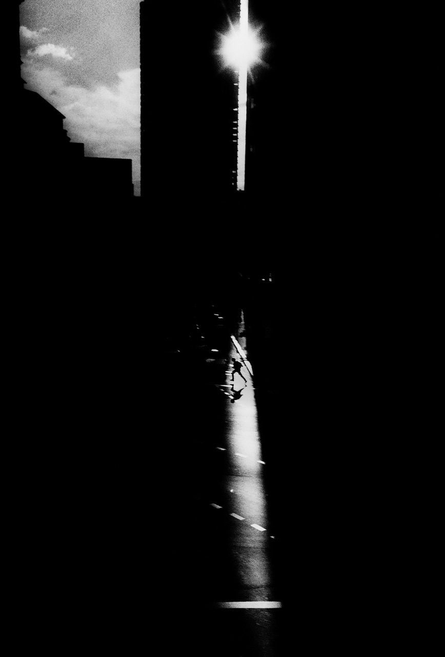 Trent Parke, A man dashes across traffic on Eddy Avenue, Sydney, Australia. Sydney, Dream /Life series, 1997. Thank you, melisaki.