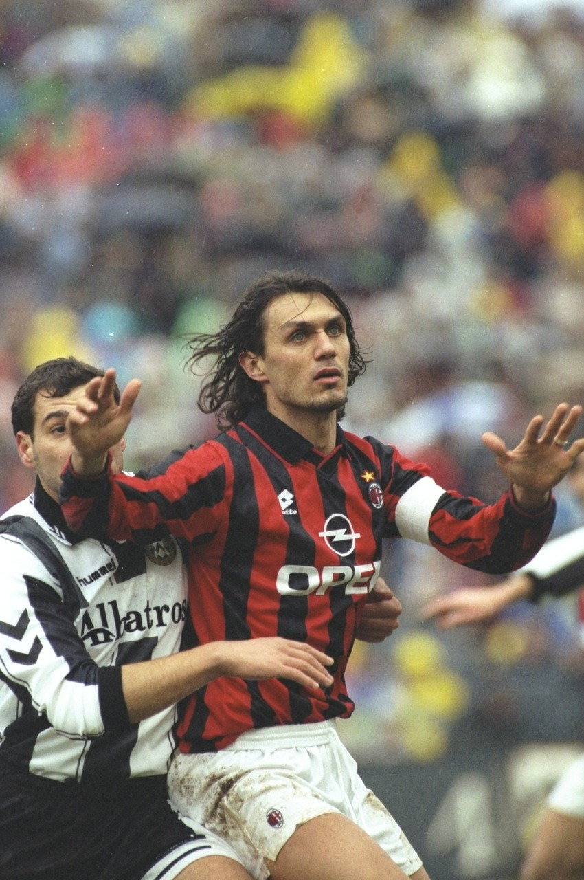 Your prettiness hurts my eyes Mr. Maldini.