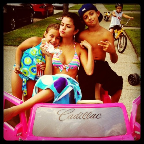 "selenadaily:  ""My little cousins have a nicer car than me.."""