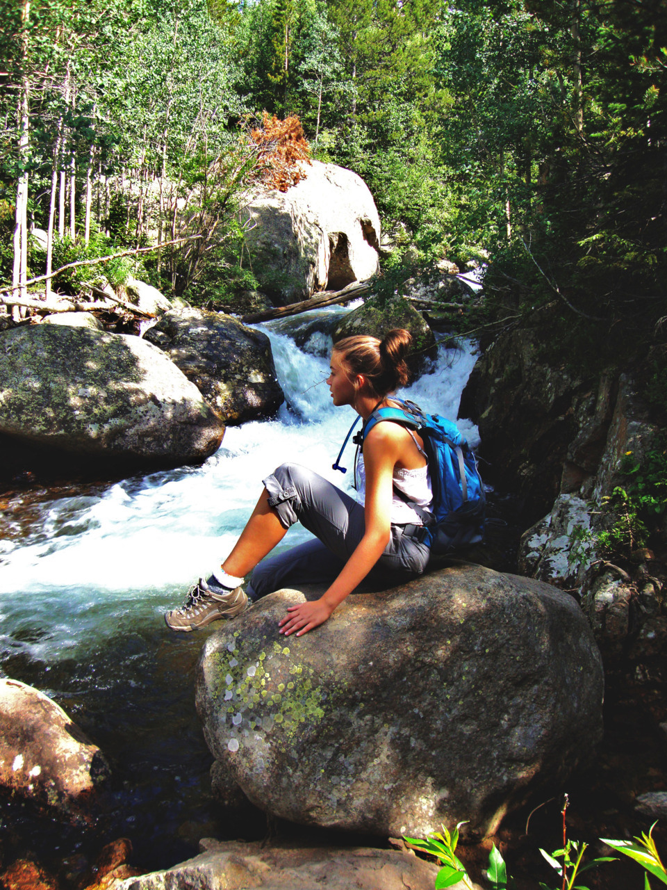 fuckyeahhiking:  Life is like a river…  Alberta Falls, CO standupeight1