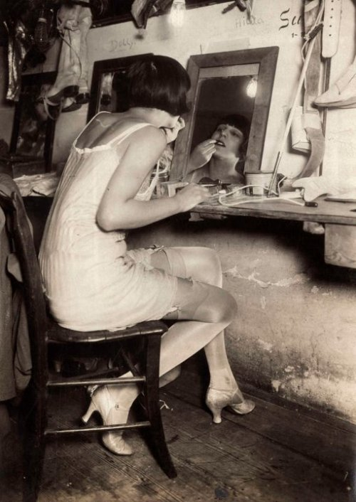 Performer backstage, 1928