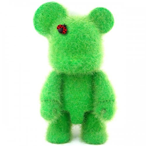 Qee Loves Green Bear