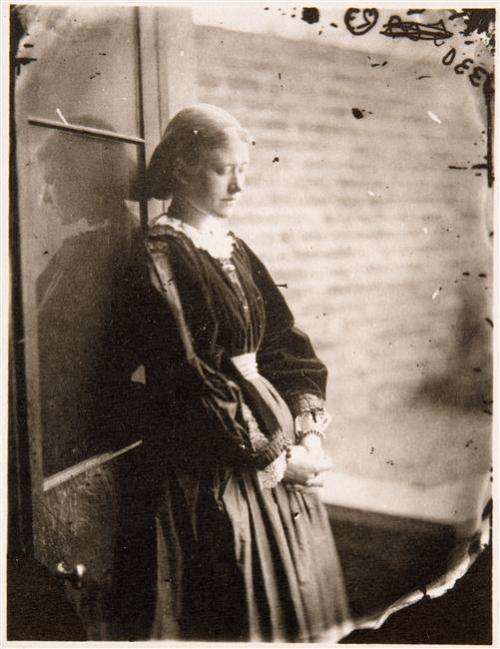 liquidnight:  Lewis Carroll [Charles Lutwidge Dodgson] Ellen Terry, 1865 Albumen print [From the Réunion des Musées Nationaux]