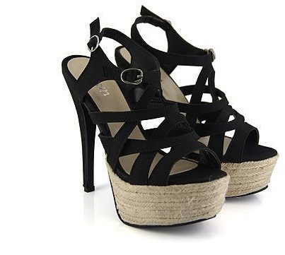 Sure to treasure Black P1,800  Heel height: 13cm Platform height: 4cm Color: red, black Size: 35 to 39 Sole material: complex bottom Upper material: artificial leather/ PU  View sizing guide here Order now