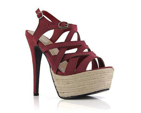 Sure to treasure Red P1,800  Heel height: 13cm Platform height: 4cm Color: red, black Size: 35 to 39 Sole material: complex bottom Upper material: artificial leather/ PU  View sizing guide here Order now