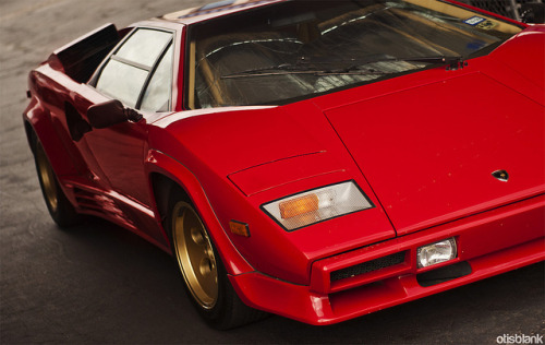 wellisnthatnice:  Lamborghini Countach on Flickr.