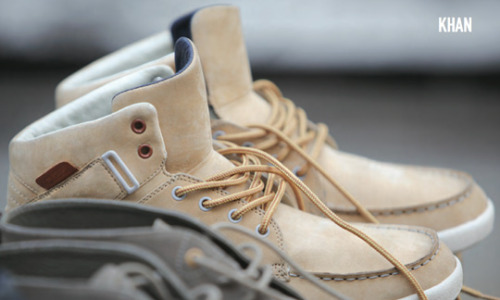 crudeability:  Streetwear and smartstylin shoe label Clae just released their new look book for fall/winter 2011.  I've followed this brand from the very first time I saw them back when I used work with sneakers.  And the feeling I get when I see them is still the same. I think they keep getting better and better.  Quality shoes.