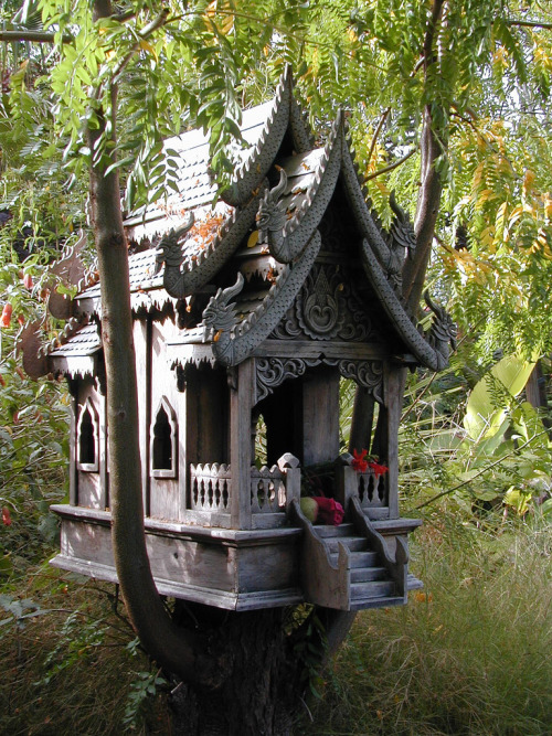 Spirit House, birdhouse.