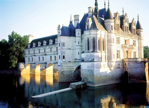 ysvoice: Château de Chenonceau - Loire, France by frogandprincess  The Château de Chenonceau is a manor house near the small village of Chenonceaux, in the Indre-et-Loire département of the Loire Valley in France. It was built on the site of an old mill in the River Cher, sometime before its first written record in the 11th century. The current manor was designed by the French Renaissance architect Philibert Delorme.