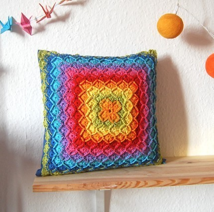 hustleandsew:  Adorable Rainbow Crochet Pillow Case!