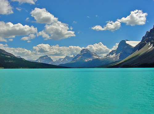 malism:  Bow Lake, Banff National Park, Canada by BelCan75 on Flickr.
