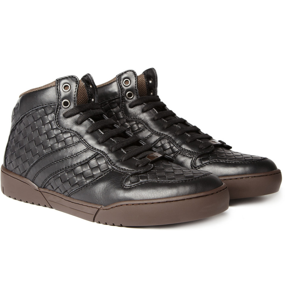 STYLE: Bottega Veneta woven leather sneaker