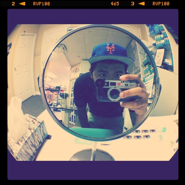 paullightyear:  JUST GOT MY OLLOCLIP FOR MY IPHONE!!!! I FUCKING LOVE IT!!! BEST $45 I'VE EVER SPENT THIS SUMMER!!