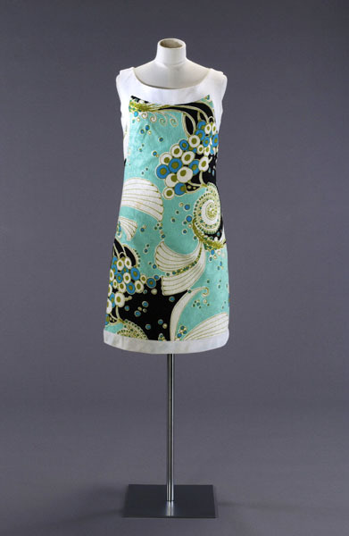 A psychedelic cotton shift dress by Rocha, UK, 1966-1970.