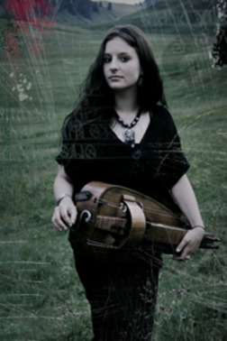 Anna Murphy of Eluveitie….epic hurdy gurdy player.
