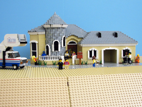 whiskeysoaked:  Lego Arrested Development by Pepa Quin