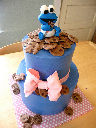 kinney1414:  cute cookie monster cake