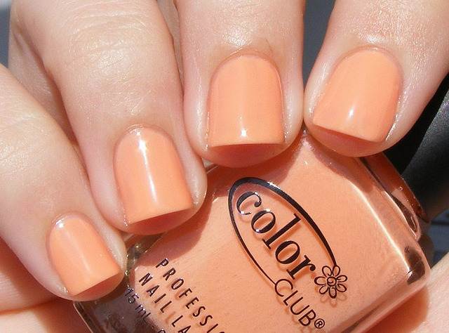 fuckyeahnailpolish:  Oh Naturale by Color Club
