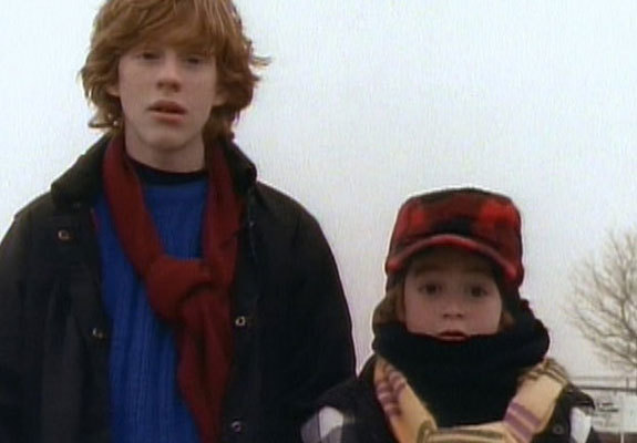 laughingsquid:  The Adventures Of Pete & Pete May Have Helped Invent Modern Day Hipsters  It all makes perfect sense now. How do I owe so much to this show, how?!  On the one hand though, fuck growing up, nothing good has come of it.