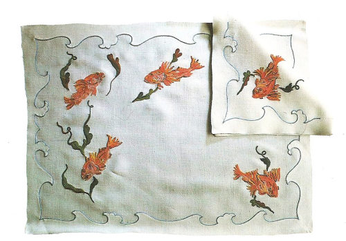 Oh to be a fish on a placemat. Placemat and napkin created for Aristotle Onassis's yacht, 1956. (Just one year before Aristotle's wife discovered him having sex with Maria Callas in the yacht's saloon)