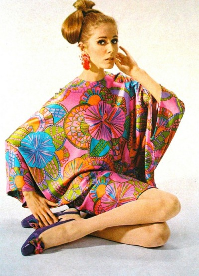 theyroaredvintage:  Amazing, amazing late 60s dress!