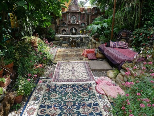 lush garden lounge; carpets outside, shrine