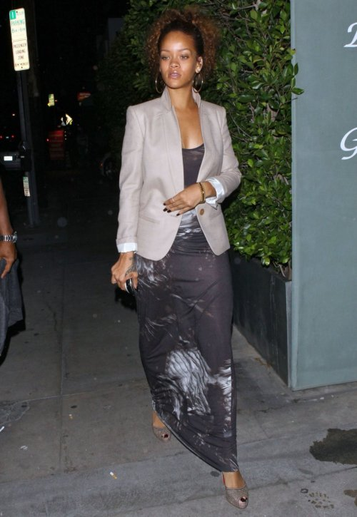 Rihanna leaving Giorgio Baldi restaurant in Santa Monica - August 12, 2011.