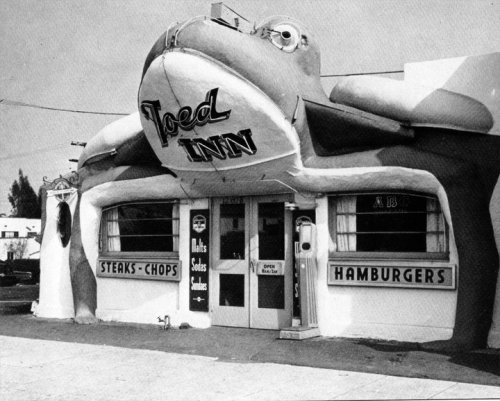 The Toed Inn Diner in Santa Monica, CA - c. Early 1930s