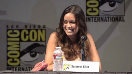 eldritchjoy:  sammy9578:  Summer Glau - I love her smile  Summer Glau is perfection.