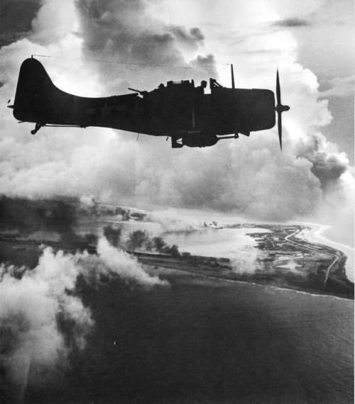 robotcosmonaut:  Wake Island - October 1943