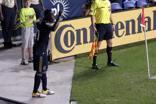 From my photoblog agonyofdefeatpics:  UNION vs. FC DALLAS - FREDDY ADU'S UNION DEBUT  It was an exciting night at PPL as Freddy made his debut. Le Toux converted on 2 PKs for the 2-2 tie. Check out the rest of my pictures on flickr. (Freddy's first corner on our side of the pitch on Flickr.)