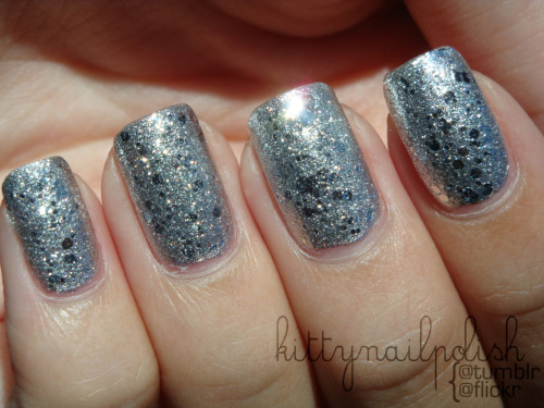 kittynailpolish:  Sally Hansen - Celeb City topped with OPI Crown Me Already! {pardon the dry cuticles}