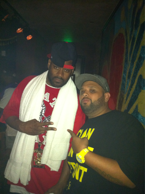 Geeking out cause I got to get a pic with @ghostfacekillah, coolest cat in hip hop