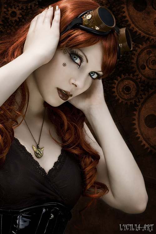 steampunkgirls:   steampunk portrait II   by ~Lycilia