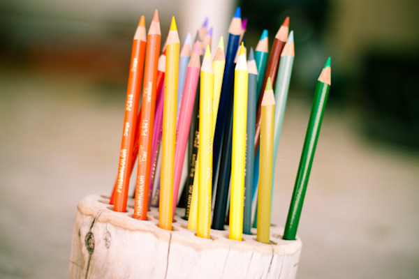 DIY Pencil Holder | The Sweetest Occasion For some reason this makes me think of cake?! New pencils are probably better than new crayons. Except for when the lead is broken through the centre and you sharpen them and they keep breaking and ARGHSTUPIDPENCILWHYDOIKEEPSHARPENINGYOUWHENYOU'REBROKENINSIDE!? What was I saying? Oh yeah, this is really cool. Thank goodness I have a drill. Now I just need a big block of wood and some super sharp pencils…